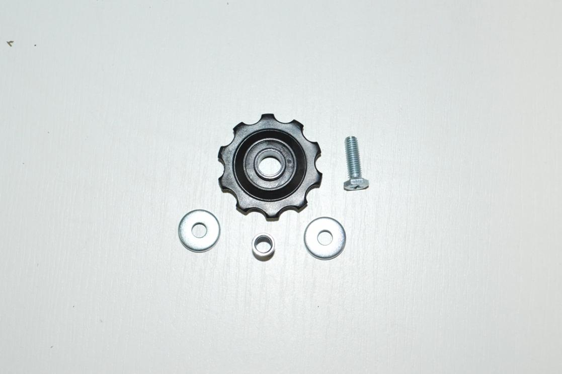 Ролик заднего переключателя 10T, код 370145
